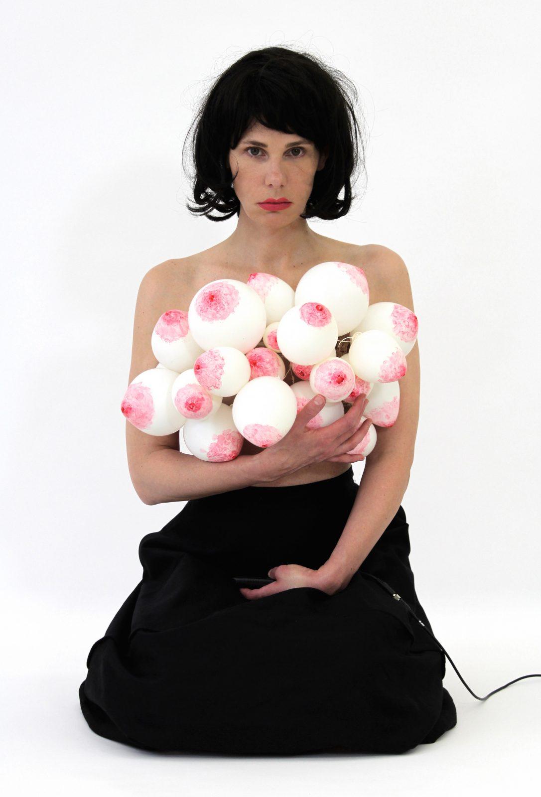 MATRIX FEMININ  HANNA NITSCH @ e.artis contemporary | Chemnitz | Sachsen | Deutschland
